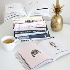 MUSTHAVE BOOKS
