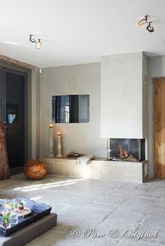 Fresco #kalkverf - lime paint. #betonlook Pure & Original.   Foto reportage Wonen Landelijke stijl. Aug 2010. fotografie Sarah van Hove. Locatie Styl Exclusief. www.pure-original.com