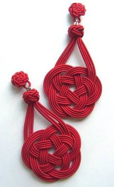"Red Chinese Knot (Love Knot) Earrings - find DIY knot instructions in other pins in ""Inspiration in Creation"""