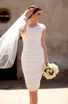 Vestido de novia ideal para ceremonia civil.