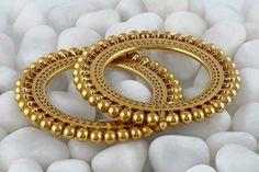 Beautiful Peacock design Gold Kangan or Bangles - PageBD. Gold Bangles Design, Gold Earrings Designs, Gold Jewellery Design, Gold Jewelry, Bridal Bangles, Bridal Jewelry, Rajputi Jewellery, India Jewelry, Temple Jewellery