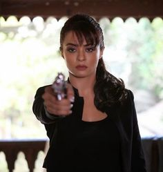 Surveen Chawla: Surveen Chawla On set of hate Story-2