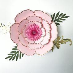 Giant Paper Flowers, Paper Roses, Diy Flowers, Flower Petal Template, Leaf Template, Paper Flower Wall, Paper Flower Backdrop, Annie Rose, Paper Flowers Wedding