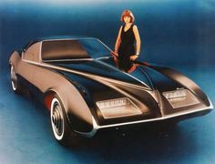 thatyellowvolvoguy:  1977 Pontiac Phantom Concept, the last car designed by Bill Mitchell (source)