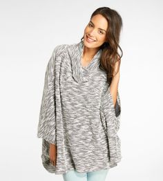 @threads4thought  Juno Poncho- Porcelain Combo