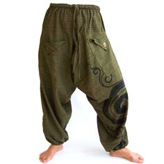 Style hippie men outfit new ideas Hippie Men, Hippie Pants, Hippie Tops, Boho Pants, Hippie Chic, Hippie Style, Style Outfits, Hippie Outfits, Tomboy Outfits