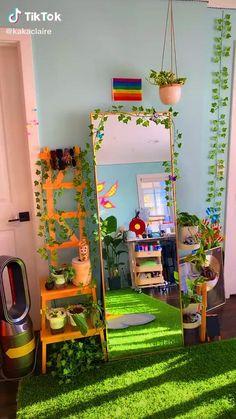 Indie Room Decor, Cute Bedroom Decor, Room Design Bedroom, Room Ideas Bedroom, Aesthetic Room Decor, Aesthetic Indie, Aesthetic Vintage, Bedroom Inspo, Neon Room Decor