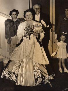 Queen Elizabeth and Princess Elizabeth 1949