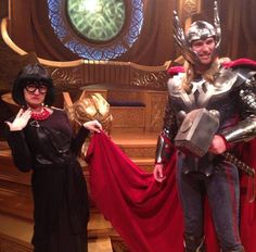 When E met Thor. NO CAPES ! *dies* YES.
