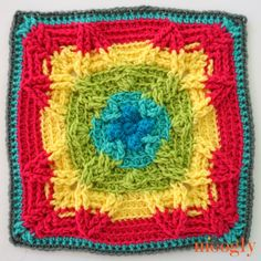Moogly CAL 2017 Block Autumn Sun by Pattern Paradise - free crochet pattern. Crochet Granny Square Afghan, Crochet Square Patterns, Crochet Blocks, Crochet Squares, Granny Squares, Granny Granny, Square Blanket, Afghan Patterns, Moogly Crochet