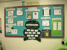 Great idea for organizing the classroom. This website, Clutter-free Classroom, has some wonderful tips. Thinking of how this bulletin board could be used as a flip chart on the Promethean Board.