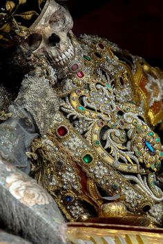 When you're feeling your outfit...  Meet the Fantastically Bejeweled Skeletons of Catholicism's Forgotten Martyrs