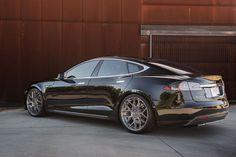 Tesla-Model-S-P85-auf-Avant-Garde-M590-Brushed-Stainless-1200x800-24b8f131cee766b6.jpg (1200×800)