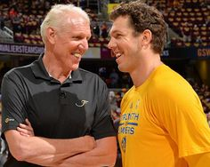 Lakers New Coach Luke Walton: Bill Walton Shares Why Luke Should Stay With Golden State - http://www.morningledger.com/lakers-new-coach-luke-walton-bill-walton-shares-why-luke-should-stay-with-golden-state/1369341/