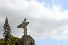 estatua-surfista-praia-mole-florianopolis-floripa