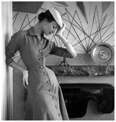 Ivy Nichoson in Jacques Fath, 1954 Photo by Georges Dambier
