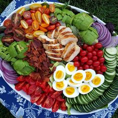 The Ultimate Cobb Salad Clean Food Crush Clean Eating Recipes, Healthy Eating, Cooking Recipes, Healthy Recipes, Eating Clean, Easy Cooking, Grilling Recipes, Beef Recipes, Healthy Snacks