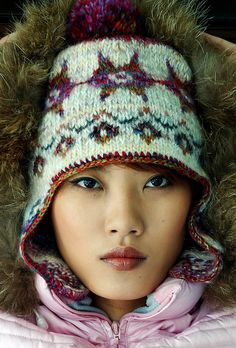 Phildar hat---colorful nordic pattern | Flickr - Ivy Ou-Yang ...... worth taking a look at Ivy's site on Flikr and you will see what she knits, as well as patterns, sometimes from inspiration.  Talent!