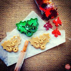 Mistletoe Cookie Cutter