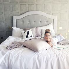 Goodnight by zoella Zoella Lifestyle, The Perfect Daughter, Zoella Beauty, Zoe Sugg, First Apartment, Dream Bedroom, My Room, Decoration, Bed Pillows