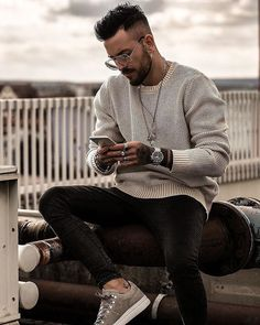 Style by @patrickdossantosaveiro Via @trillestoutfit Yes or no? Follow @mensfashion_guide for dope fashion posts! #mensguides #mensfashion_guide