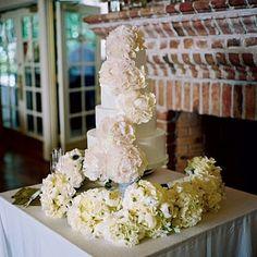 Peony-adorned cake