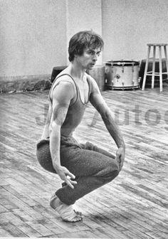 Famous Dancers, Margot Fonteyn, Vintage Ballet, Dance Images, Nureyev, Yin Yang, Bad Boys, Tigers, Dragons