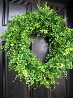 would love this with just a few holly branches!