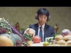 Synesthesia - Suspend your disbelief in this alternate universe of food inspired sound creations and the best newspaper turkey ever to be roasted.    Director Terri Timley - More madness at http://www.territimely.com