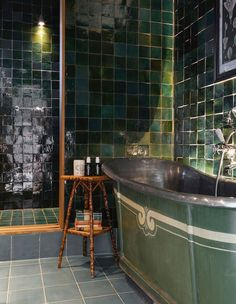 awesome 40 Newest Gothic Bathroom Design Ideas Gothic Bathroom, Boho Bathroom, Bathroom Colors, Green Bathroom Tiles, Green Bathrooms, Hotel Bathrooms, Green Tiles, Interior Exterior, Bathroom Interior Design