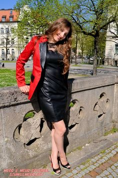 Leather And Lace, Leather Boots, Red Leather, Leather Dresses, Leather Skirt, Dress Pants, Dress Skirt, Leder Outfits, Latex Dress