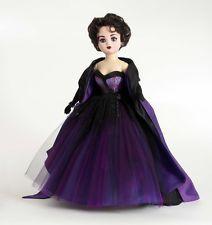 """Madame Alexander Doll Timeless Beauty Violet Cissy 21"""" REMINDS ME OF ELIZABETH TAYLOR"""