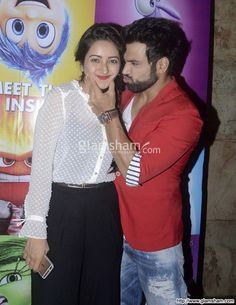 Asha Negi & Rithvik Dhanjani at INSIDE OUT special screening - photo 6 : glamsham.com