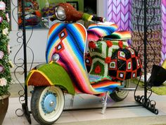 Knitted / Crochet Art Vespa.  Because you are not cool enough riding a vespa. DOH!