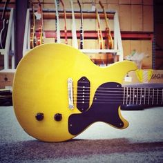 #Gibson 1958 Les Paul Junior Double Cut VOS Reissue in TV Yellow.