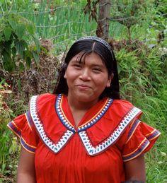 Smiling woman; Guadalupe, Cerro Punta, Chiriquí, Panamá
