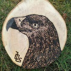 Made this proud eagle with a magnifying gæass and the sun :). Nature ROCKS!! #ranyllbladeart #pyrography #art #hobby #creative #awesome #bird #birds  #eagle #eagles #burned #wood #magnifying #glass #sun #nature #awesome