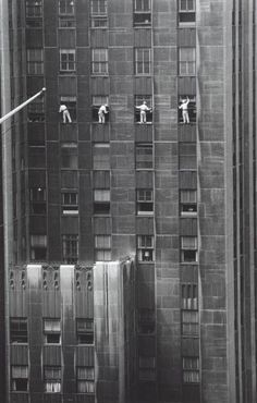 © Inge Morath / Magnum Photos, Forty-eighth Street window washers, NYC - This reminds me of my time in Tokyo: 7 days there, 6 days sick in the hotel. The only company I got there was the window washer.