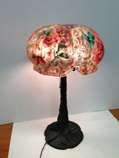 Antique lamp, Pairpoint Puffy Art Glass Lamp