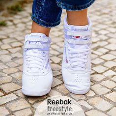 Reebok freestyle web found in 2020 Reebok Classic Sneakers, Cute Sneakers, Reebok Princess, Reebok Freestyle, Keds Champion, Trainer Boots, Baskets, Sporty Girls, Girls Shoes