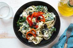 Ricotta en spinazie linguine met geroosterde paprika relish | Marley Spoon