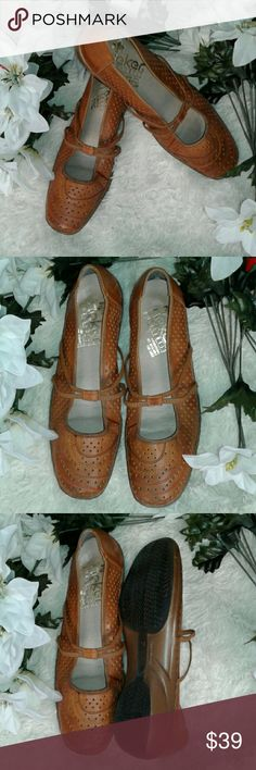 RIEKER ANTISTRESS PERFORATED MARY JA ☆☆☆SO COMFY☆☆☆BROWN LEATHER MARY JANES, DOUBLE ELASTIC STRAP, MAN MADE TRACTION SOLE, ☆☆☆TOTALLY AWESOME☆☆☆ RIEKER ANTISTRESS Shoes
