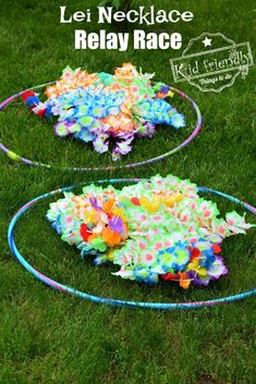 Lei Necklace Relay Race { A Hilarious Summer Outdoor Game for Kids) - *The Best . - - Spiel Lei Necklace Relay Race { A Hilarious Summer Outdoor Game for Kids) - *The Best . Hawaiian Party Games, Luau Party Games, Summer Party Games, Outdoor Party Games, Luau Theme Party, Outdoor Games For Kids, Hawaiian Birthday, Hawaiian Theme, Luau Birthday