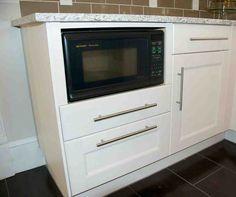 24 Under Cabinet Microwave