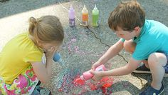 Sidewalk chalk has become a summertime classic for kids of all ages. This DIY version adds an extra element of fun by incorporating squeeze bottles to achieve all kinds of messy results. Plus there's an extra surprise at the end, …