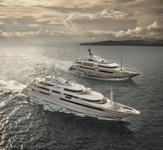 Sailing with passion. #ChopiChopi and #60mJADE together through the sea. #CRN
