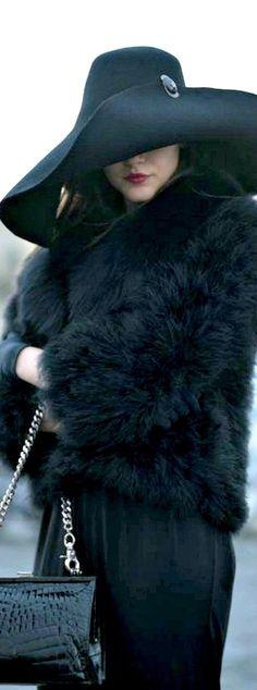 #street #fashion black everything /wachabuy/