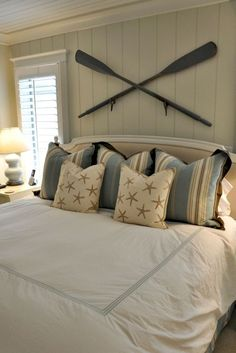 Rustic Lake House Bedroom Decorating Ideas (46)