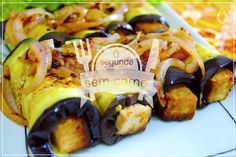 receita #segundasemcarne | rolinho de berinjela com tofu. tá no blog  =) http://useahimsa.tumblr.com/post/104066563272/rolinho-de-berinjela-com-tofu