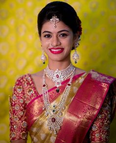 bridal jewelry for the radiant bride Indian Wedding Jewelry, Indian Bridal, Bridal Jewelry, Fancy Blouse Designs, Bridal Blouse Designs, Gold Jewellery Design, Gold Jewelry, Diamond Jewelry, India Jewelry
